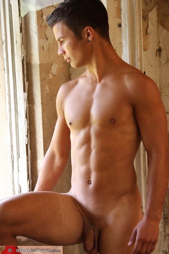 well trimmed sexy boy